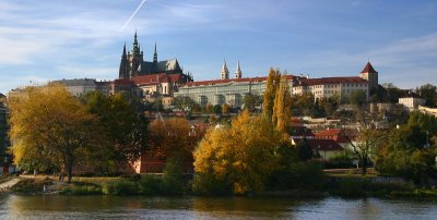Blick auf den Hradschin (Hradčany, Burgstadt) mit Burg, Prag